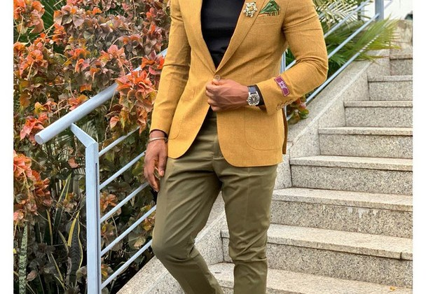 Classy ways to style your khaki