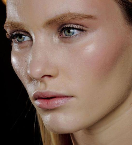 nude makeup face