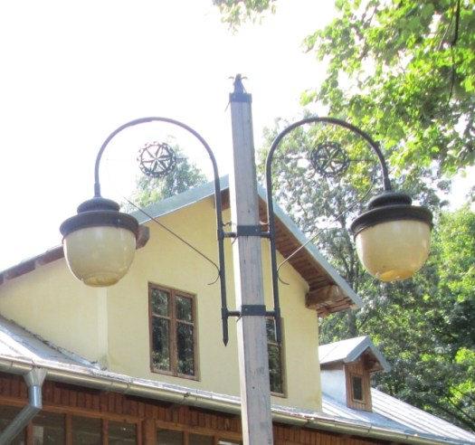 Street Lamps from Bucharest, Romania, Twin lamp post in Village Museum, Bucharest. Image by @PatFurstenberg