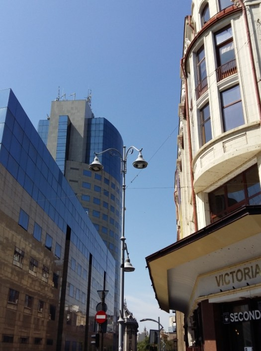 A twin, low energy prismatic street light on Calea Victoriei, bordering old and new. Bucharest. Image by @PatFurstenberg