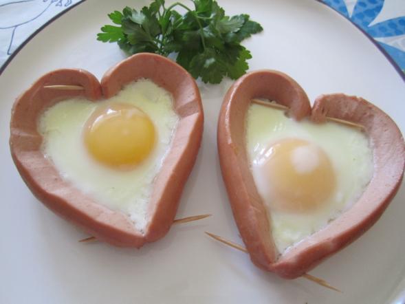 сердечки на тарелке