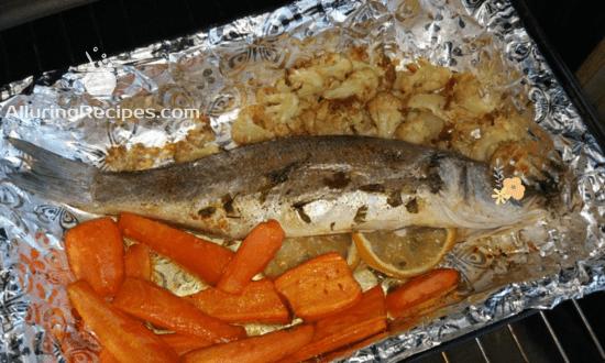 Сибас с овощами в духовке