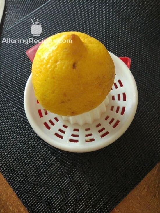 Сок с лимона