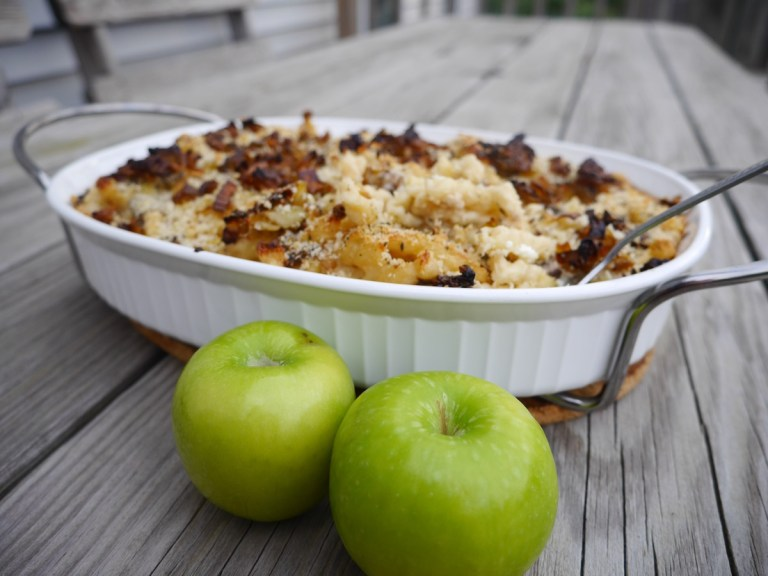 Mac 'n Cheese with Mushrooms and Leeks in a Cauliflower Goat Cheese Sauce