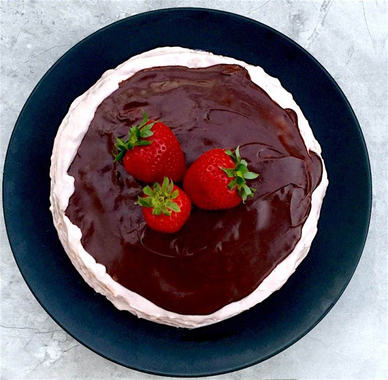 Chocolate-Covered-Strawberry-Cake