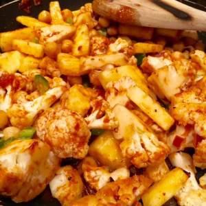 Vegan Cauliflower and Chickpea Tacos Al Pastor