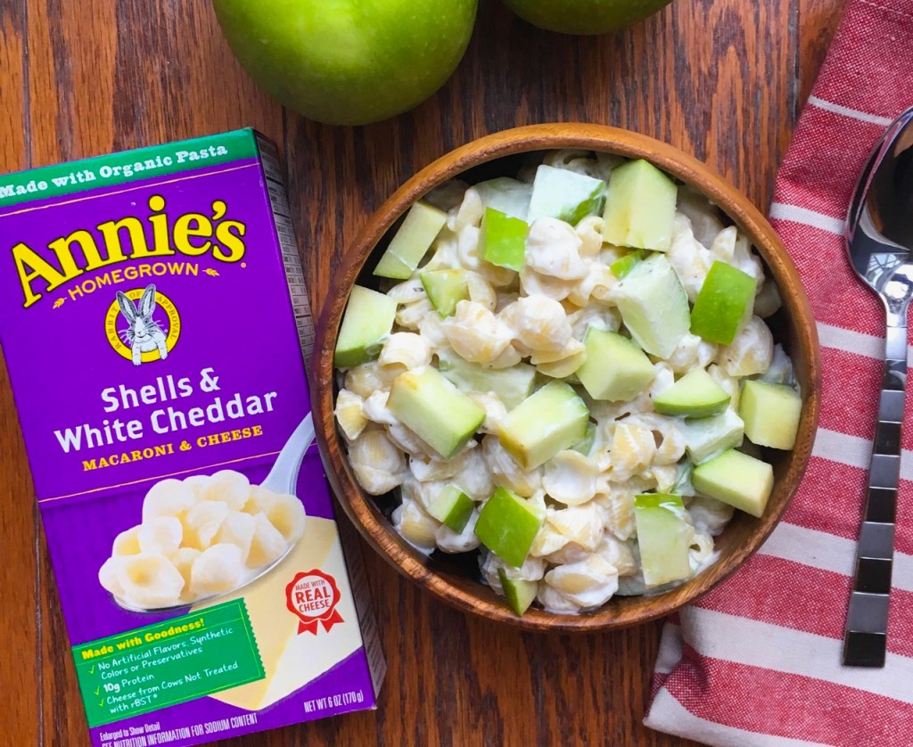 Greek Yogurt Mac and Cheese with Granny Smith Apples