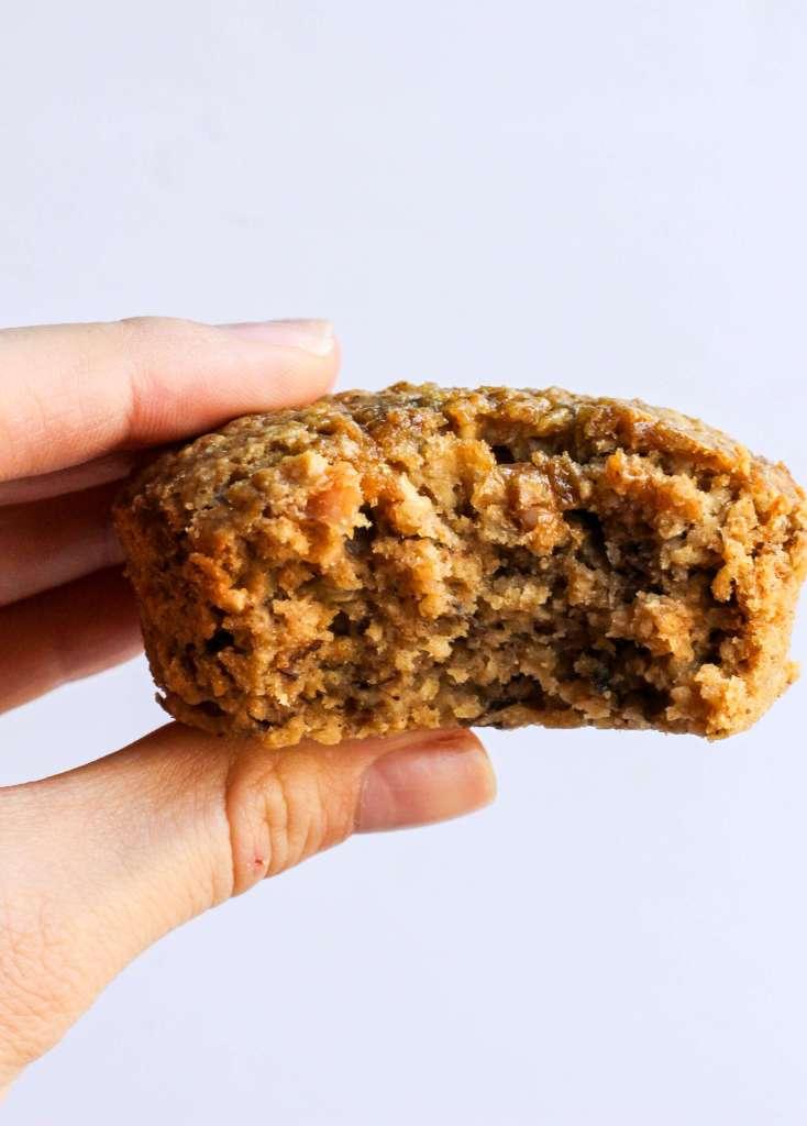 Clean & healthy peanut butter banana blender muffins