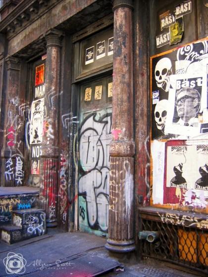 Graffiti art on doorway