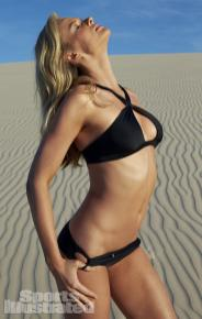 Anne-Vyalitsyna-2014-SI-Swimsuit-Issue_015