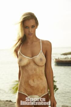 Hannah-Ferguson-2014-SI-Swimsuit-Issue_013