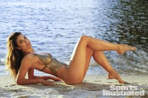 Lauren-Mellor-2014-SI-Swimsuit-Issue_023