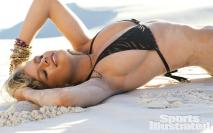 Valerie-Van-Der-Graaf-2014-SI-Swimsuit-Issue_001