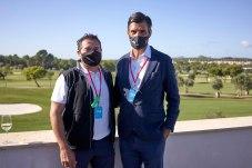 Pepe Hinarejos y el director del T-Golf & Country Club, Borja Ochoa