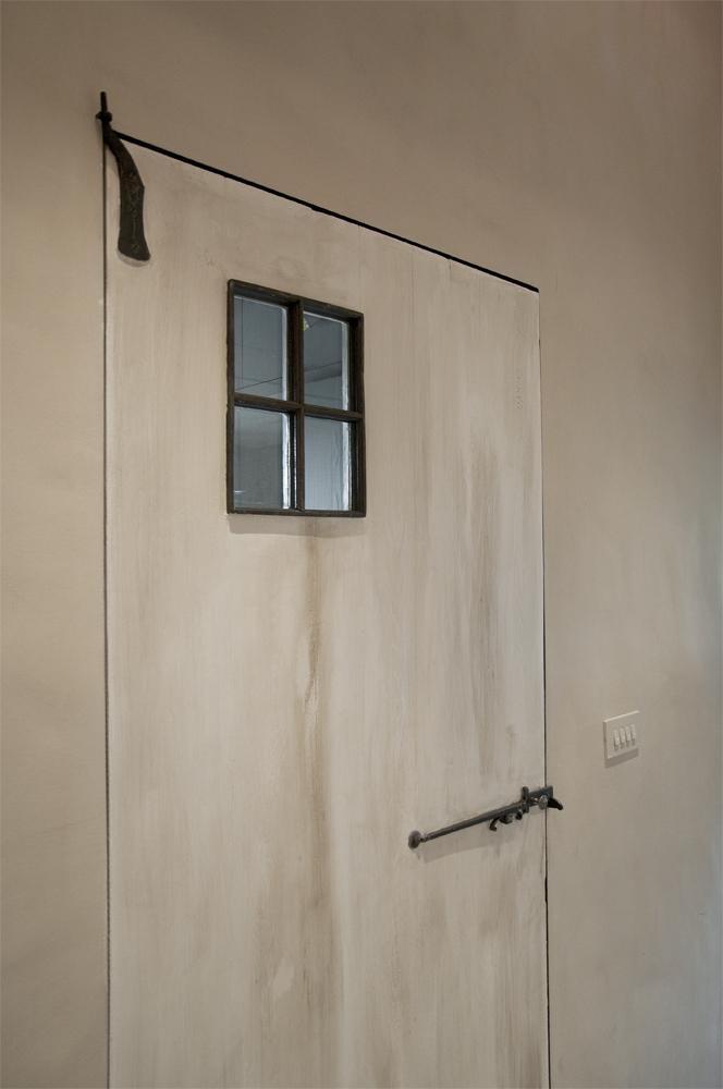 detail raampje massieve eiken binnendeur