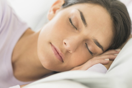 حذاري: النوم أثناء الصيام يصيبكِ بأمراض صحية