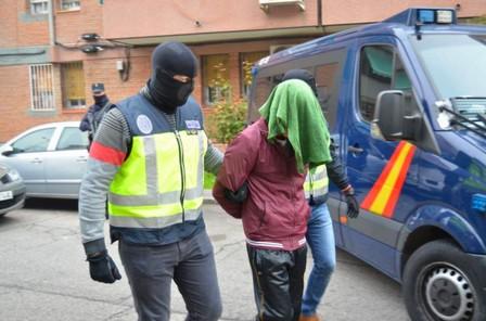 إسبانيا… توقيف مغربي بلاس بالماس بسبب تمجيده الإرهاب