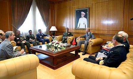 الجنرال الوراق يستقبل رئيس أركان القوات المسلحة لدولة الإمارات بتعليمات ملكية