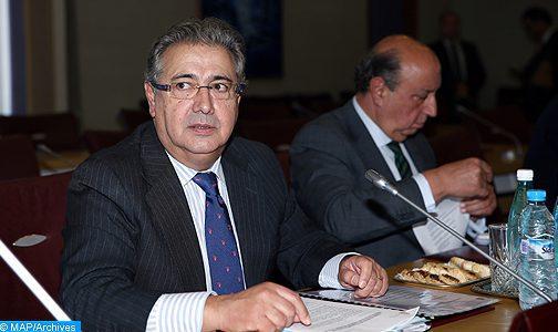 """وزير الداخلية الاسباني يبرز """"التعاون المتين"""" بين المغرب وبلده في مكافحة الإرهاب"""