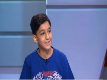 """قصة طفل أنتج بلغات البرمجة..هل تمنعه الوعود منافسة """"فيسبوك""""؟ ( فيديو )"""