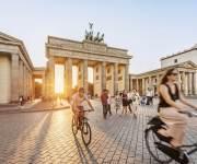 الرقابة المالية واتحاد الشركات يدرسان وثيقة التأمين على الدراجات الهوائية
