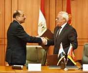 رئيس بنك التنمية الصناعية يدرس إقامة فرع بمنطقة شرق بورسعيد