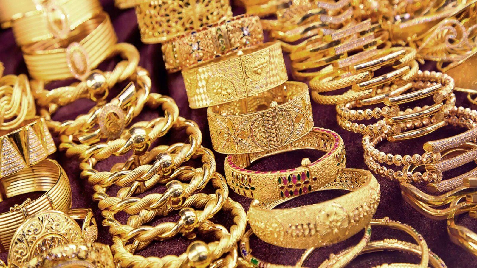 أسعار الذهب في مصر اليوم 29 2 2020 وعيار 21 يتراجع 25 جنيه ا