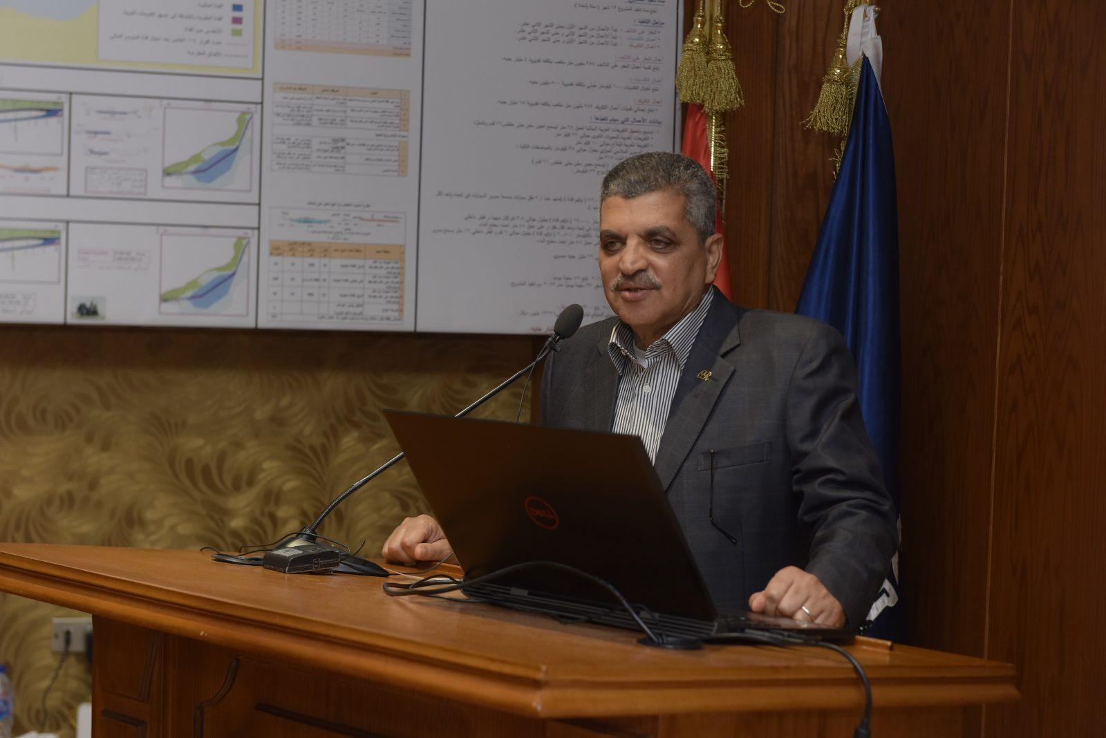 رئيس «قناة السويس» يفتتح مركز البيانات الرقمي التبادلي بترسانة بورسعيد - جريدة المال