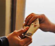 تربحا 45 مليون جنيه.. موظف محليات بمطروح يتورط مع رئيس شركة في وقائع فساد