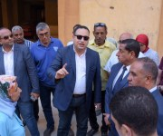 محافظ الإسكندرية يوجه بتحرير محاضر للعقارات التي أضرت برصف الطرق (صور)