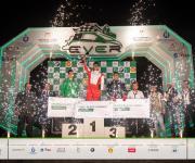 """معهد العاشر من رمضان للهندسة يفوز بالمركز الأول في """"رالي السيارات الكهربائية محلية الصنع"""""""