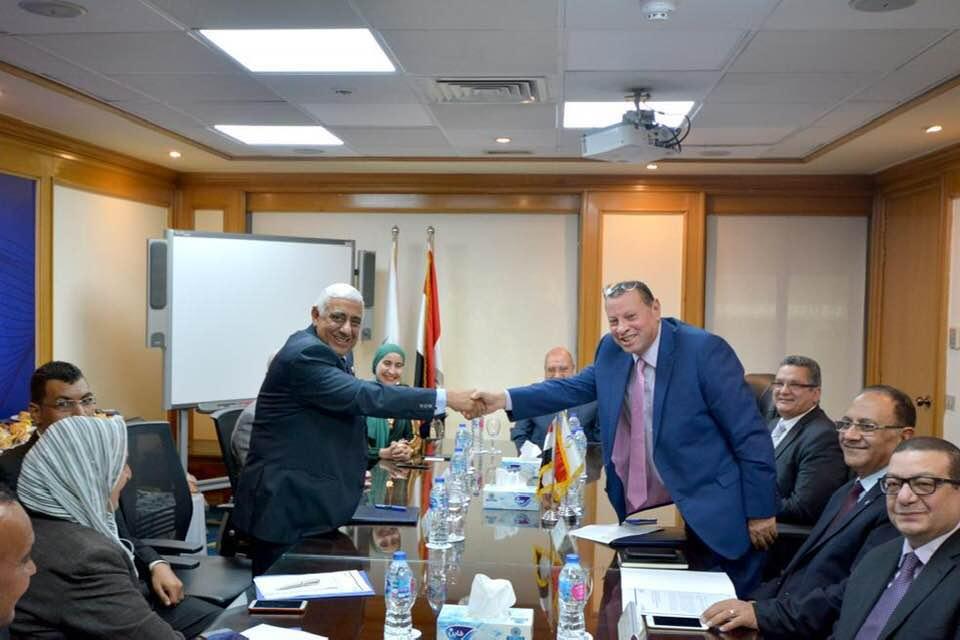 حفل توقيع العقد بين المصرف المتحد وشركة مصر للتأمين التكافلى