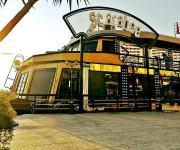 رويال تفوز بصفقة التأمين على شركة الفنادق والمطاعم العائمة «اسكاربيه»
