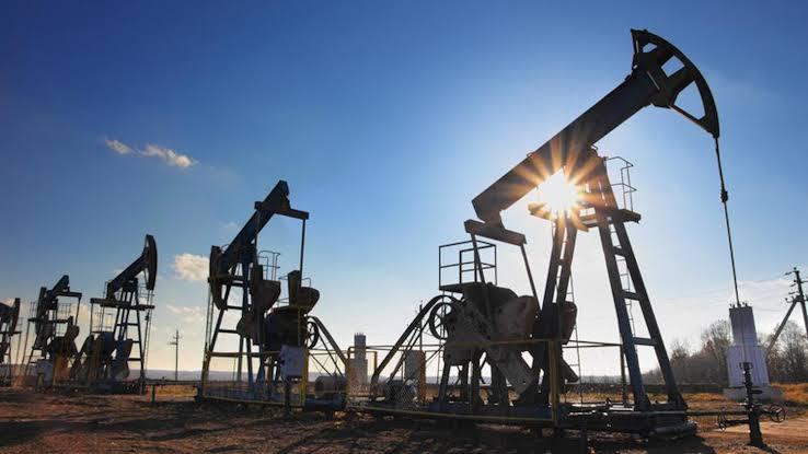 مخاوف انكماش الطلب على الوقود تهوى بأسعار النفط إلى أدنى مستوى فى 7 أسابيع - جريدة المال