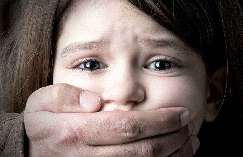 والدها يستجدي المواطنين.. الداخلية تكشف حقيقة العثور على جثة طفلة بدون أعضائها - جريدة المال