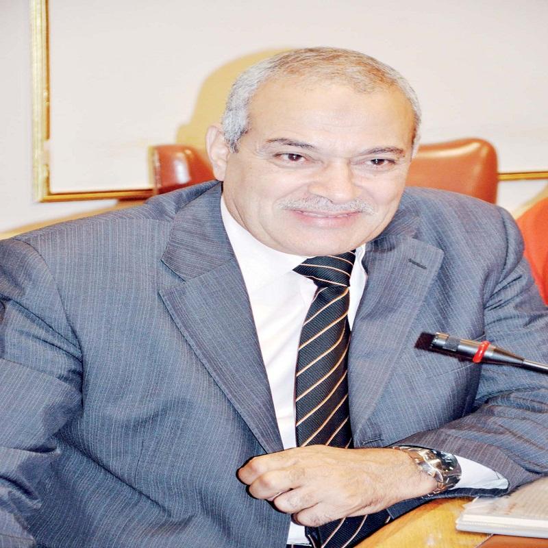 عبد العزيز السيد شعبة الثروة الداجنة بالغرفة التجارية بالقاهرة