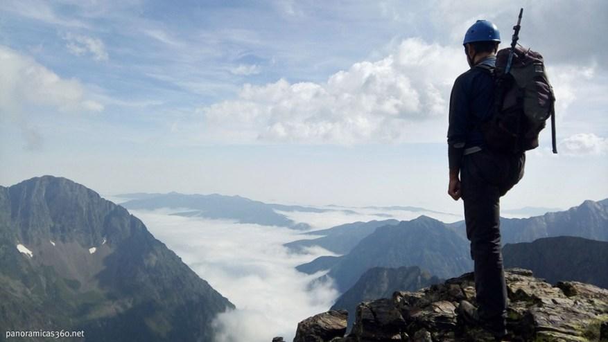 Alpinismo ascender tresmil en verano