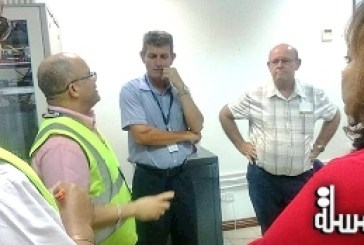 Civil Aviation Minister of Seychelles sees first hand Praslin Airport and discusses with those working on site