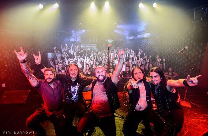 AZEROTH: PRESENTACIÓN DE 'MÁS ALLÁ DEL CAOS' – SÁBADO 08//DICIEMBRE (THE ROXY LIVE)