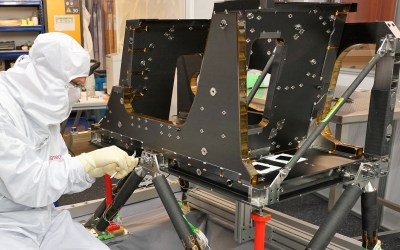 Engineering Model of Sentinel-5 Structure successfully delivered!