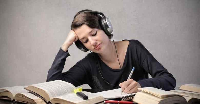 20 حيلة للدراسة ليلاً دون منبهات