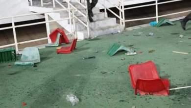 Photo of الصحافة الرياضية: أكثر من 40 معتقلا في شغب الكلاسيكو وطائرة خاصة لحمد الله