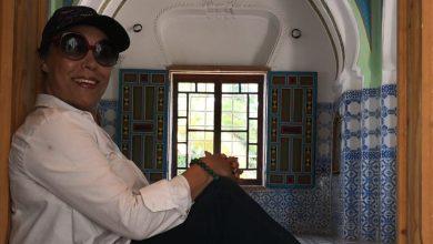 Photo of لبابة لعلج تكرم مسار مصمم الأزياء العالمي الراحل كارل لاغرفيلد