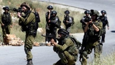 Photo of استشهاد ثلاثة فلسطينيين وإصابة آخر اليوم الأحد برصاص الاحتلال الإسرائيلي شمال قطاع غزة