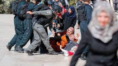 Photo of الفلسطينيون يتصدون لاقتحامات المستوطنين للأقصى يوم العيد وقوات الاحتلال تواجههم بالعنف والاعتقالات