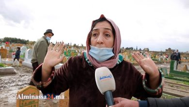 "Photo of صرخة سيدة: ""القبور طاحو وماكينش المسؤولين والناس تلفات والله يخلف على الشباب"""