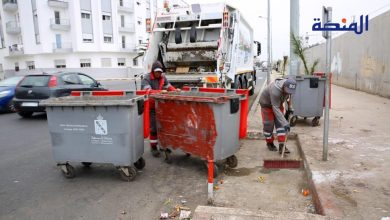 Photo of عمال النظافة بالمحمدية بدون أجر منذ شهور ويضربون عن العمل (فيديو)