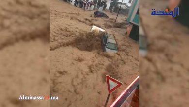 Photo of مشاهد أخرى من فيضانات تطوان و النواحي: نداءات استغاثة وغرق الطرق والسيارات