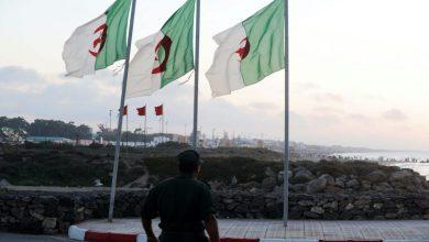 عامل فجيج يجتمع بالفلاحين لتدارس قرار السلطات الجزائرية بمنع ولوج منطقة العرجة الحدودية