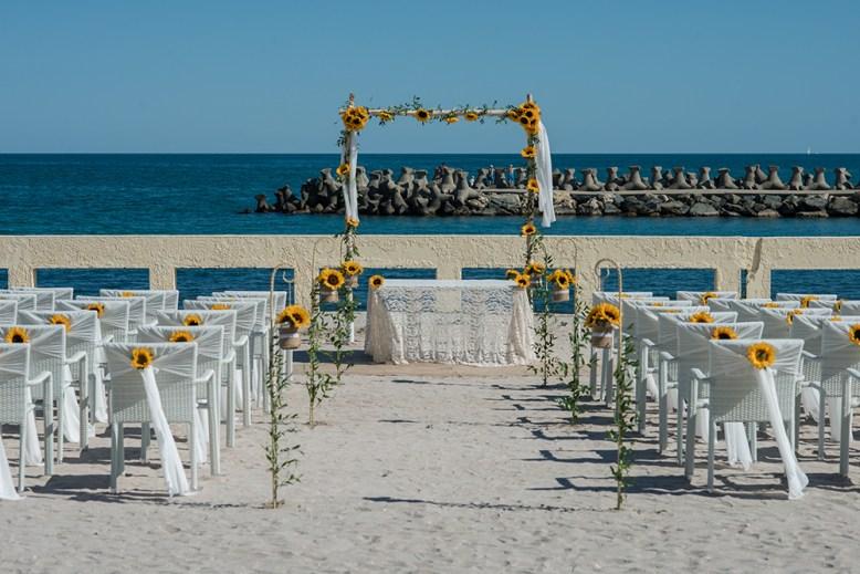 ceremonie pe plaja